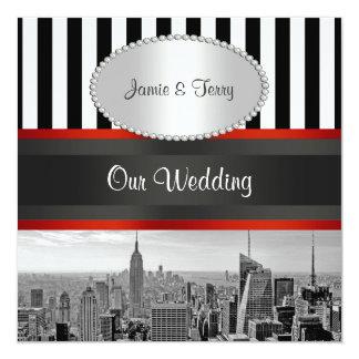 NYCのスカイラインBWの白黒のストライプPの結婚式の招待 13.3 スクエアインビテーションカード