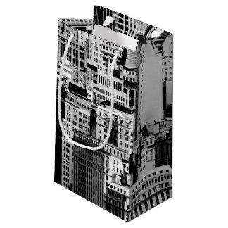NYCのスカイラインIX スモールペーパーバッグ