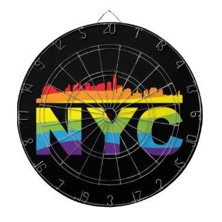 NYCのプライドの虹 ダーツボード