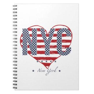 NYCの米国旗のハート ノートブック