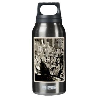 NYC巨人の影 断熱ウォーターボトル
