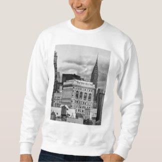 NYC: クライスラの建物、Flatiron B&W 001の背部 スウェットシャツ