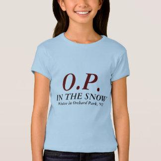 O.P.、雪で、果樹園公園、NYの冬 Tシャツ
