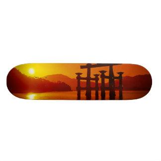 O-Toriiのゲート、Itsukushimaの神社、宮島、 18.4cm ミニスケートボードデッキ
