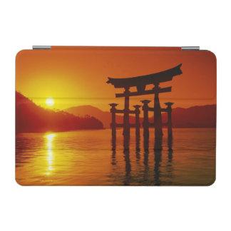 O-Toriiのゲート、Itsukushimaの神社、宮島、 iPad Miniカバー