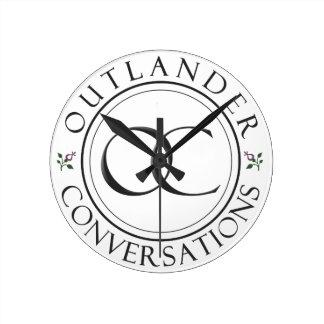 OCのロゴの時計 ラウンド壁時計