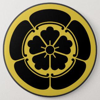 Oda月曜日の日本のな武士の一族は黒で黄色になります 15.2cm 丸型バッジ