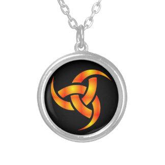 Odinsの角のネックレス シルバープレートネックレス
