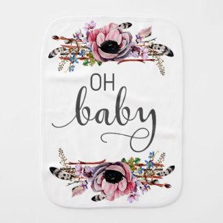 Ohベビー  Bohoのシックな花柄の羽の女の赤ちゃん バープクロス