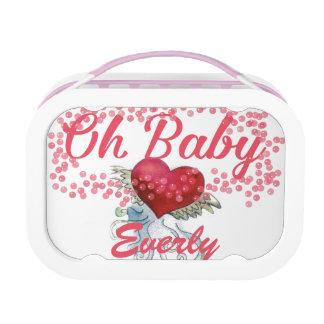 Oh赤ん坊の名前入りなピンクの女の子らしい女の子 ランチボックス