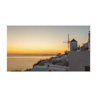 OiaのSantoriniの風車の日没 キャンバスプリント