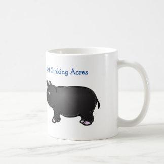 Oinkingのエーカー、黒い小型ブタのマグ コーヒーマグカップ