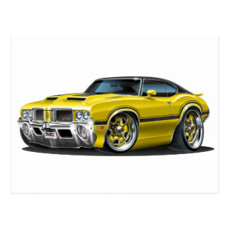 Oldsのカットラス442の黄色い車 ポストカード