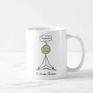 Omのゾンビはめい想します コーヒーマグカップ