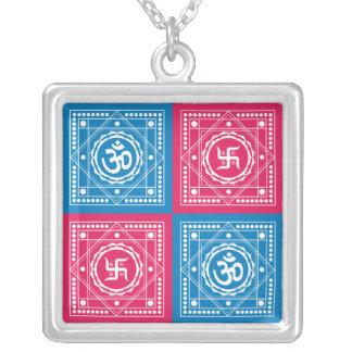 Om及びかぎ十字のシンボルや象徴 シルバープレートネックレス