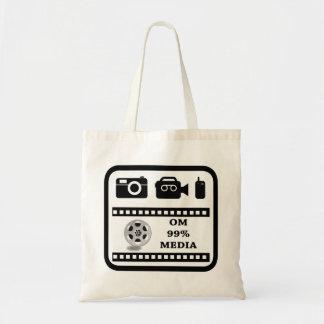 OM99Mediaの数々のなロゴのバッグ トートバッグ