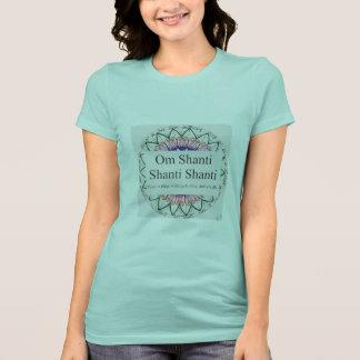 Om ShantiのTシャツ Tシャツ