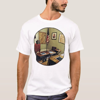 One Room Schoolhouse In New Jersey Tシャツ