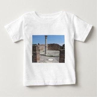 Ostia Antica -考古学的な写真撮影 ベビーTシャツ