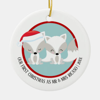 Our First Christmas Arctic Foxes Personalized セラミックオーナメント