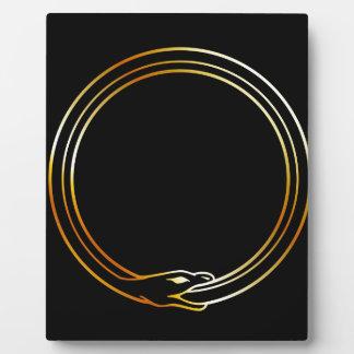 Ouroborosのヘビの記号 フォトプラーク