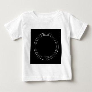 Ouroborosのヘビの記号 ベビーTシャツ