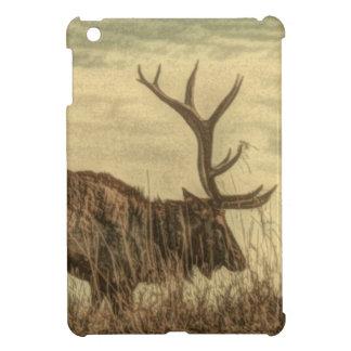 outdoorsmanの荒野の野性生物の素朴なBullのオオシカ iPad Miniケース