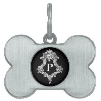 Pのモノグラムのイニシャル ペットネームタグ