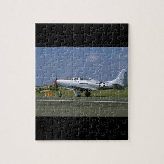 P63キング・コブラ、銀、Side_WWIIの左の飛行機 ジグソーパズル