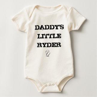 P.レオネのお父さんの小さいRyder Onesy ベビーボディスーツ