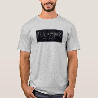 P.Leoneを集中し続けて下さい Tシャツ