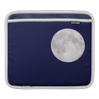 © P Wherrellの粋な満月の占星術の写真 iPadスリーブ