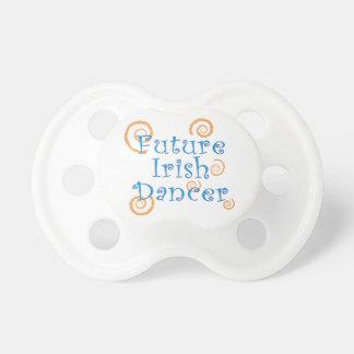 Pacifer未来のアイルランドのダンサー おしゃぶり