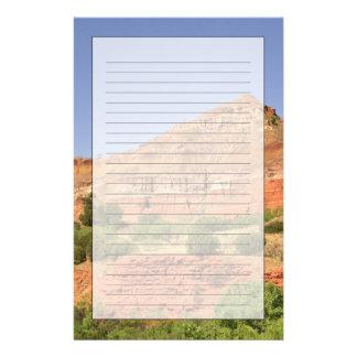 PaloのDuro渓谷、テキサス州。  連続的な石の層 便箋