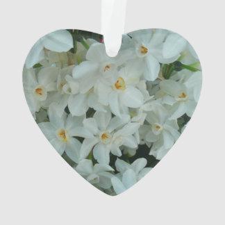 Paperwhiteのスイセンの敏感な白い花 オーナメント