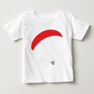 paragliderの赤パラグライダー ベビーTシャツ