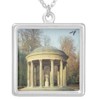 Parc du Petitの愛の寺院 シルバープレートネックレス