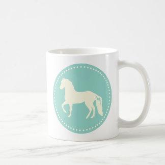 Paso Finoの馬のシルエット コーヒーマグカップ