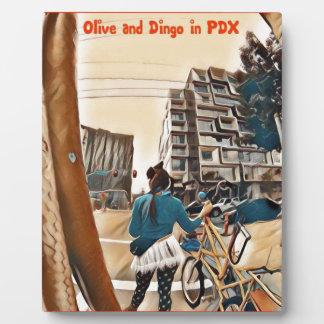 PDXのオリーブそしてディンゴ フォトプラーク