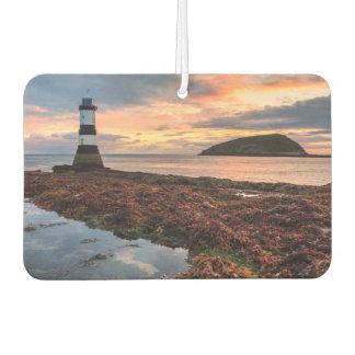 Penmonの灯台日の出|のツノメドリの島 カーエアーフレッシュナー