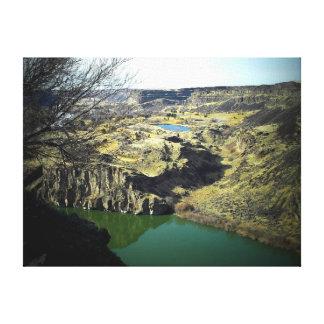Perrine橋の近くの対の滝の眺め キャンバスプリント