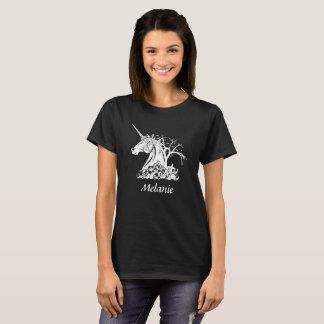 Personalized Scary Unicorn Skulls Bats Halloween Tシャツ