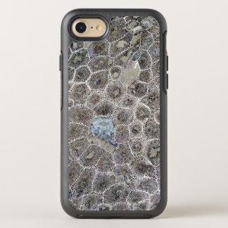 Petoskeyの石 オッターボックスシンメトリーiPhone 8/7 ケース