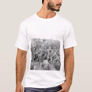 Pfc。 Mickey Rooneyはsome_Warイメージを模倣します Tシャツ