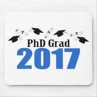 PhDの卒業生2017の帽子および免状(青い) マウスパッド
