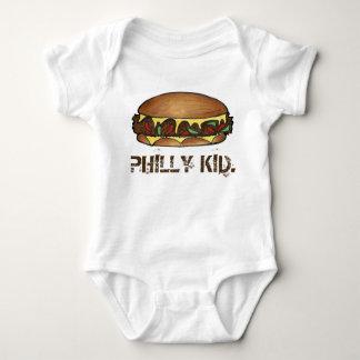 PHILLYの子供のフィラデルヒィアPAのCheesesteakサンドイッチ ベビーボディスーツ