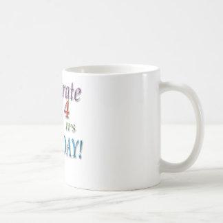 Pi日- 3月14日--を祝って下さい コーヒーマグカップ