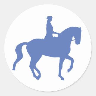 Piaffeの馬場馬術の馬およびライダー(青い) ラウンドシール