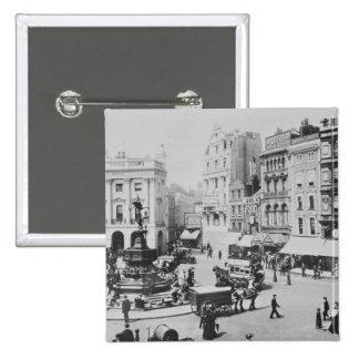 Piccadillyのサーカス、c. 1900年の眺め 5.1cm 正方形バッジ