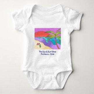 Pichilemuの波の店のビーチのベビーのTシャツ ベビーボディスーツ